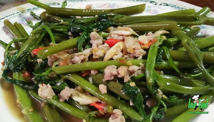เมนูผักบุ้งจีนสันในหมูสับ